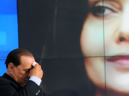 http://kontrakty.ua/images/stories/fotos/2010/04/text/140613/berlusconi.jpg